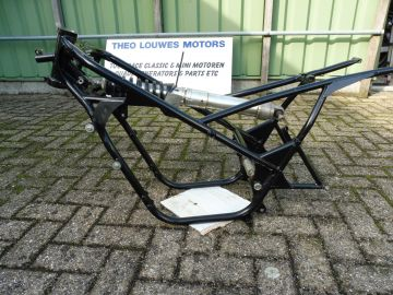26J-21110-00 Chassis Yamaha TZ250 '81 up racing >>as new