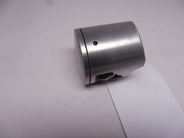 26J-11631-00-96 and 98 Piston as new your choice 96 or 98 TZ250